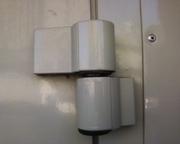Замена петель киев,  петли для металлопластиковых дверей