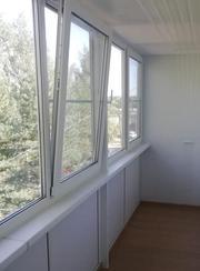 Окна на балкон.